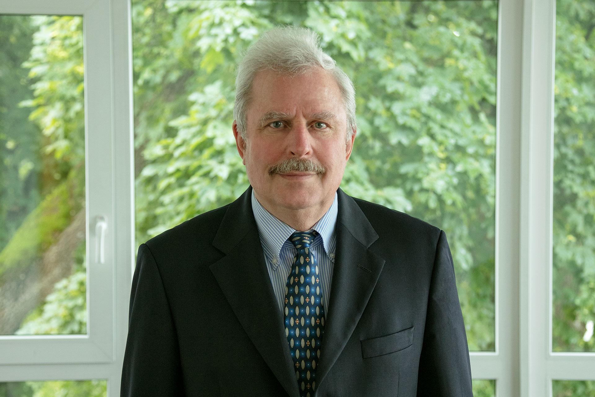 Dipl.-Chem. Dr. phil. nat. Wolfgang Luderschmidt
